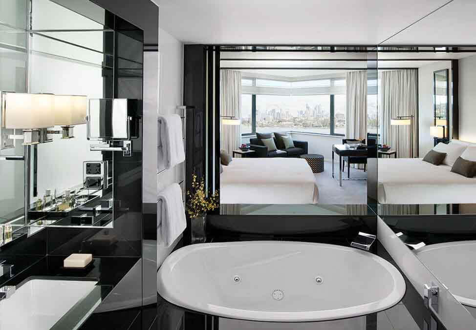 Perth Hotels CrownMetropol LuxeKing Bathroom