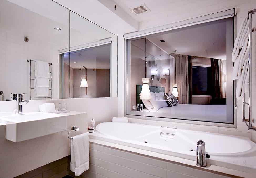 Perth Hotels CrownPromenade SpaStudio Bathroom