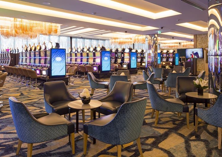 Riverside Room lounges & gaming machines