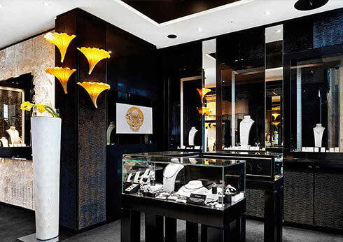 Luxury Shopping at Crown Perth
