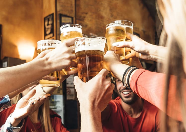 cheers to $8 pints at fusion crown perth